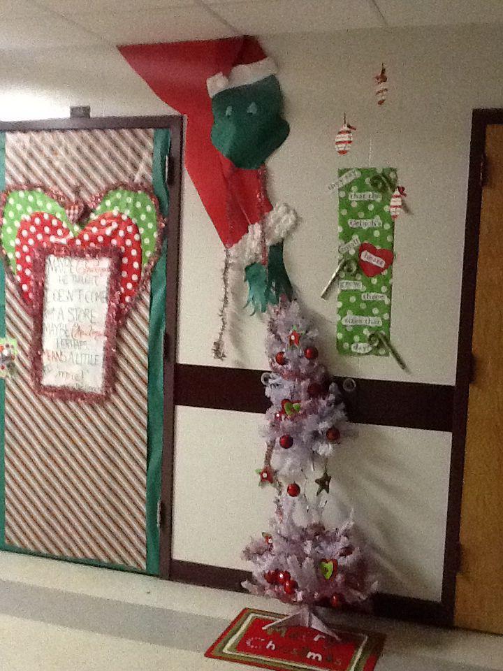 Classroom door contest Grinch | Grinch | Pinterest ...