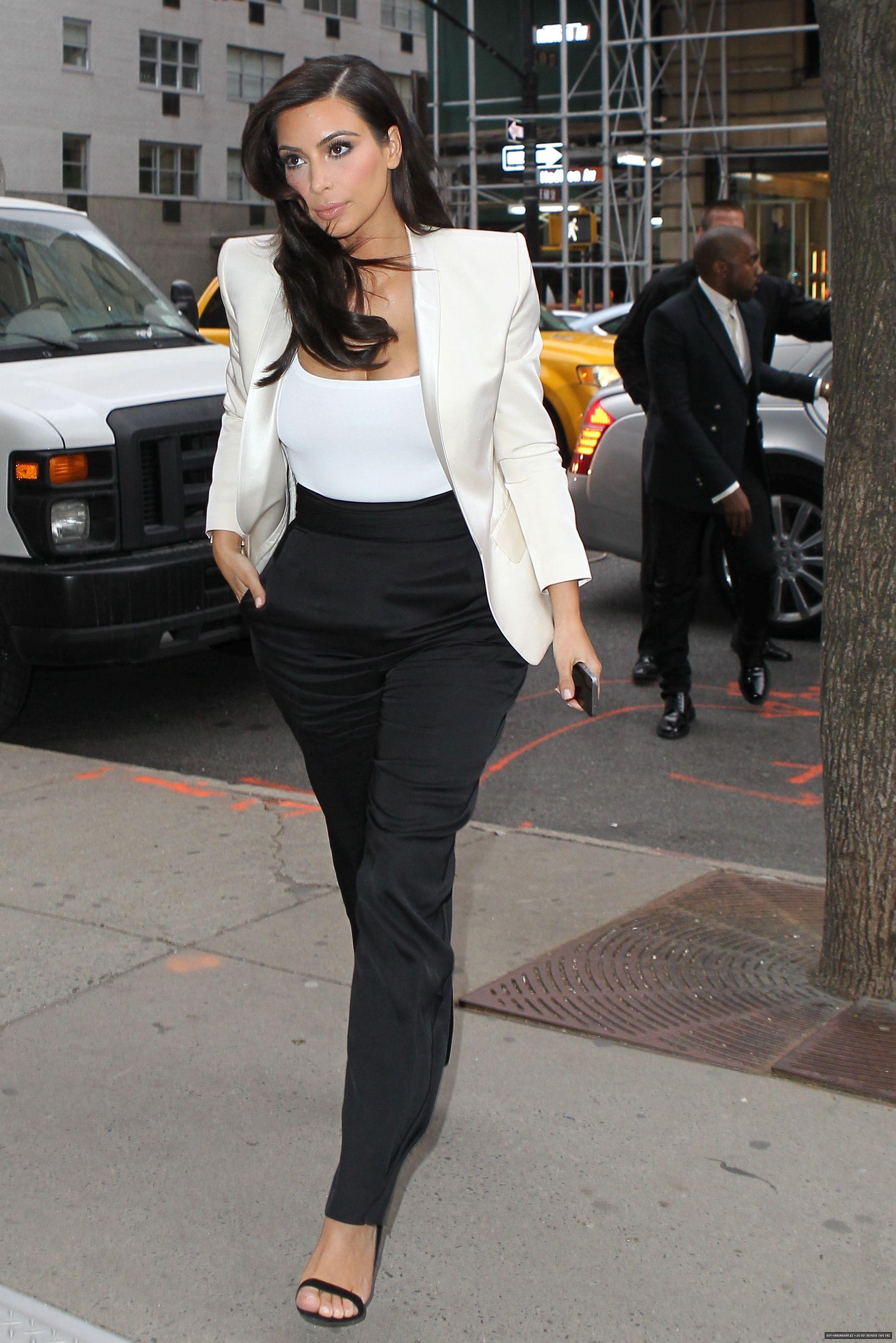 fa90df5212f Kim Kardashian Style