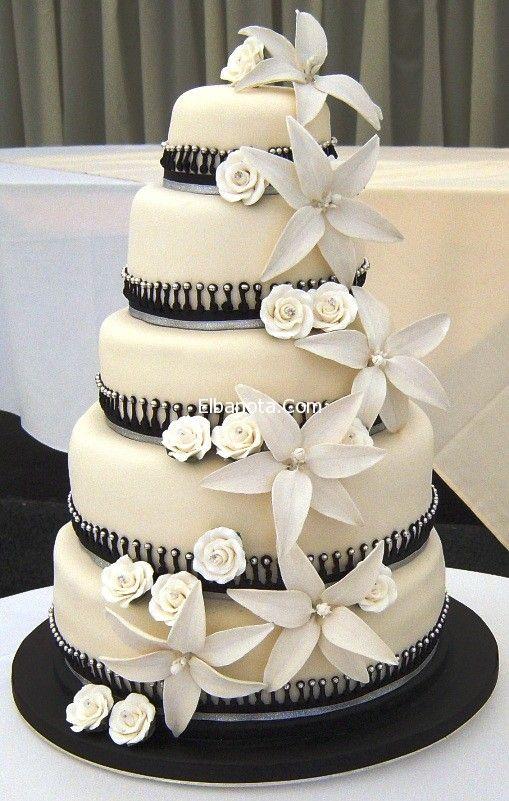 تورتات الخطوبة تورتات اعياد احدث تورتات خطوبة وزفاف 2014 بالصور Cool Wedding Cakes White Wedding Cakes Elegant Wedding Cakes