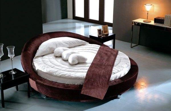 24 runde Betten, die Ihr Schlafzimmer dekorieren werden - schlafzimmer braun weiß