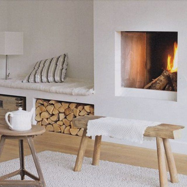 Un coin cheminée transformé en petit salon | Fireplaces | Insert ...