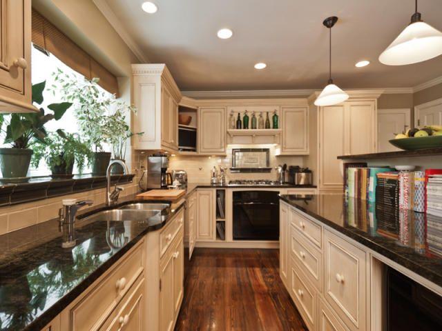 6621 Paxson Road, New Hope PA - Trulia | Inside decor ...