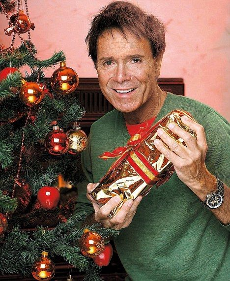 9021c7a1d5f17a22f080f5278bf72d4c merry cliff mas! mistletoe, wine and irresistible gravy cliff