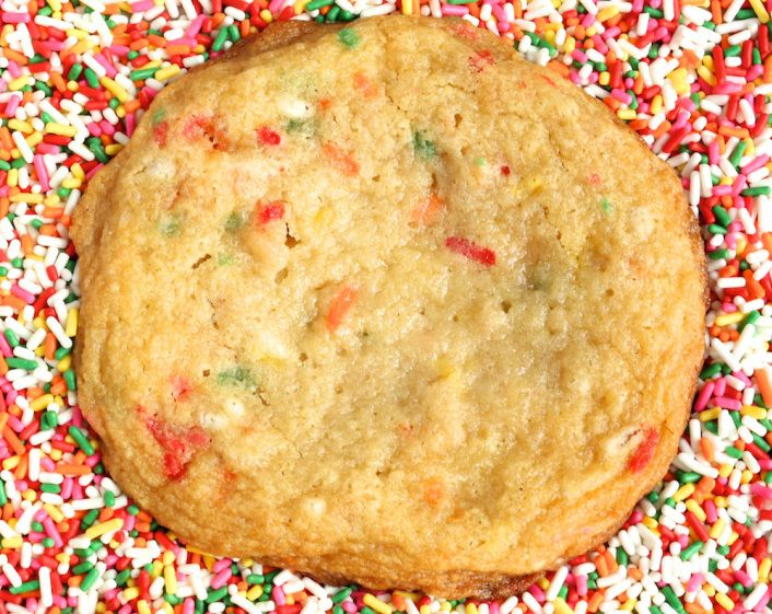 Momofuku Milk Bar Confetti Cookies Recipe Confetti Cookies Cookie Recipes Yummy Food Dessert