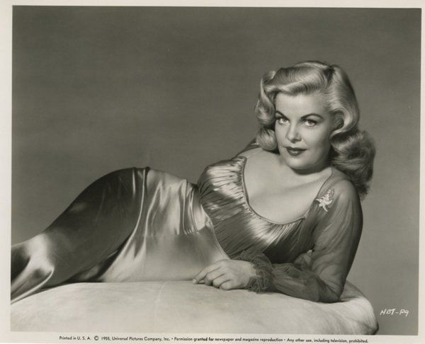 Cleo Moore