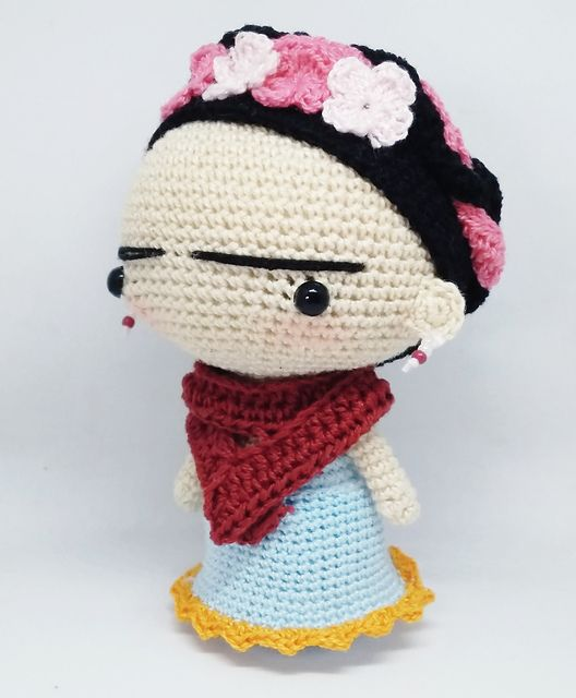Frida Kahlo pattern by Lorena Flores (Loveandfire)   Tejidos ...