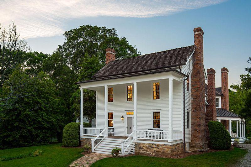 And it's for sale… (via Gorgeous Charlotte Plantation | CIRCA Old Old Maine Farmhouse Plans on maine saltbox plans, maine barn plans, maine outhouse plans, maine farm houses,