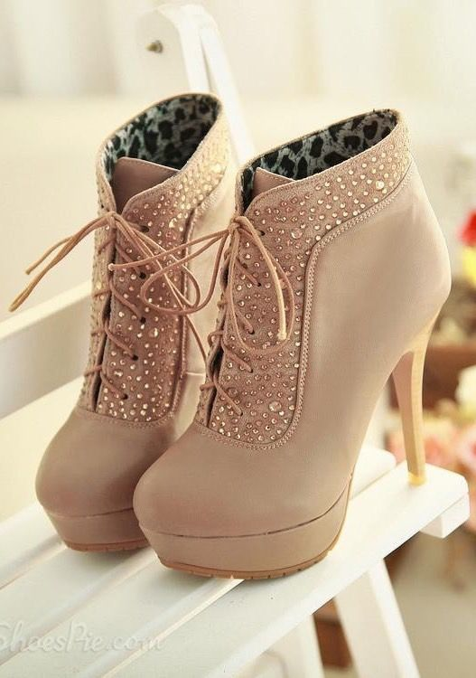 High heeled boots  ce6228ca99271