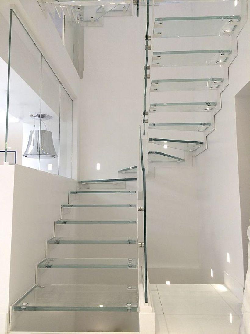 34 Creative Stairway Lighting Ideas For Modern Interiors Realivin Net Diseno De Escalera Escaleras De Vidrio Escaleras De Cristal