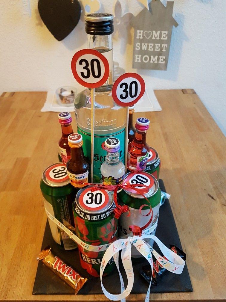 Birthday Geschenk 30 Geburtstag Biertorte Mit Bildern