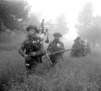 Scottish soldiers in Holland