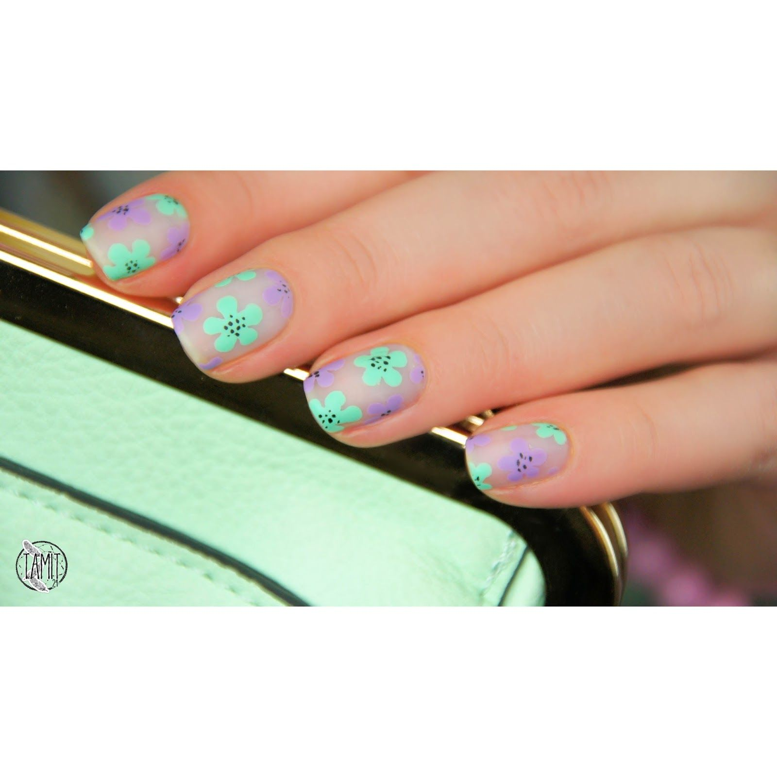 fall in ...naiLove!: Fresh flower nails: tutorial. | Pink Princess ...