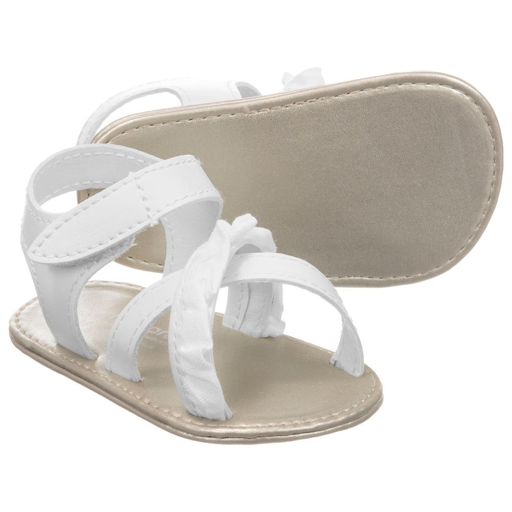 ea17db4c747 Baby girls white pre-walker sandals from Mayoral Newborn. The outer shoe  and lining are made in soft faux leather