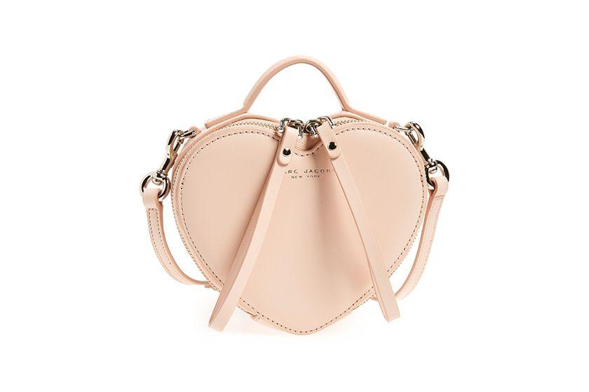 觸動你的少女心!今季最美的 5 個粉紅色包包!