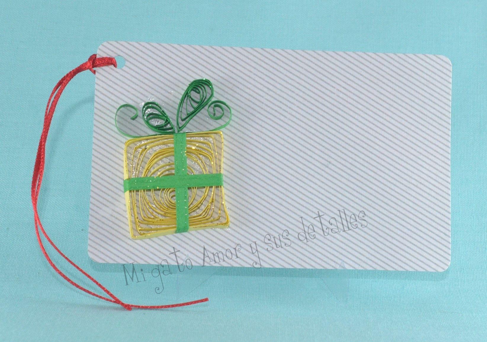 https://www.facebook.com/774329512614504/photos/pb.774329512614504.-2207520000.1453691885./900217966692324/?type=3&theater  Tag de caja de regalo para decorar tu regalos de #Navidad.