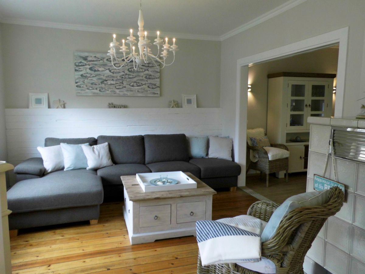 Wir Lieben Unseren Job Und Den Kontakt Zu Unseren Kunden Wir Haben Freude An S Beleuchtung Danke Den Design Designtrends Home Throw Pillows Pillows