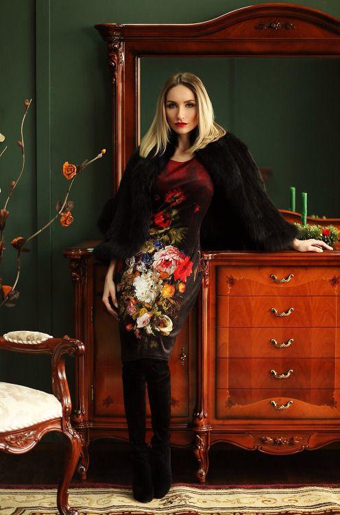 dd0a6cee469 Fashion blogger Sylvia Postolatieva wearing Casadei boots and an Iiana  dressSource  postolatieva - cadoul perfect pentru familia mea