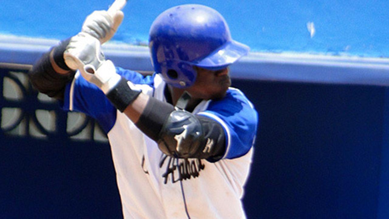 Cuban Lazarito Armenteros Seeks Free Agency Baseball Baseball Players Japan