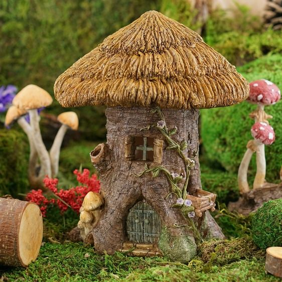 Natural Thatch for Roofing a Dollhouse