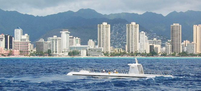 Oahu Submarine Tours - Waikiki | Roberts Hawaii..lots of fun, but husband was claustrophobic