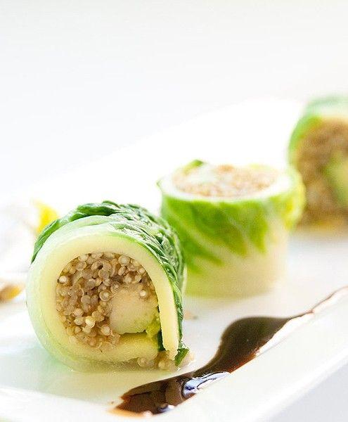 Sushi gevuld met Quinoa, crème fraîche, avocado en surimi   NatureCrops