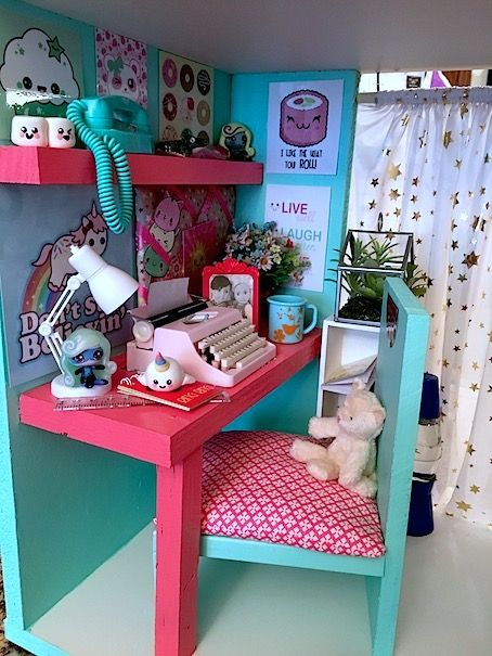DIY Loft Bed from Fakingitmostly.com #americangirlhouse