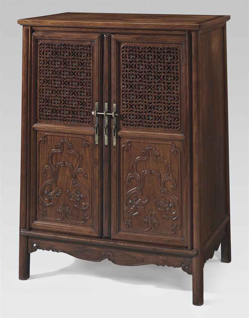 A Huanghuali Round Cornered Tapered Kang Cabinet Yuanjiaokanggui 18th Century Oriental Furniture Chinese Style Interior Chinese Antiques