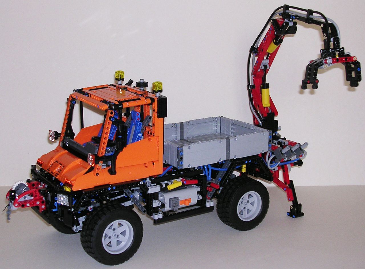 review lego technic 8110 mercedes benz unimog u400 lego pinterest lego. Black Bedroom Furniture Sets. Home Design Ideas