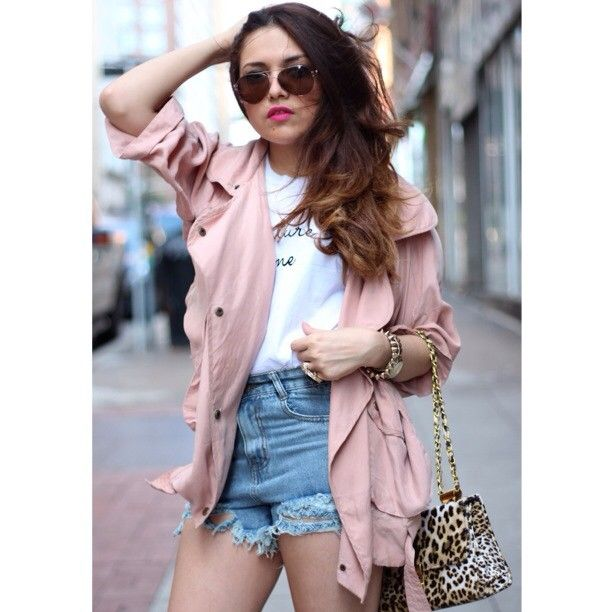 IG: ashesintofashion pink trench coat