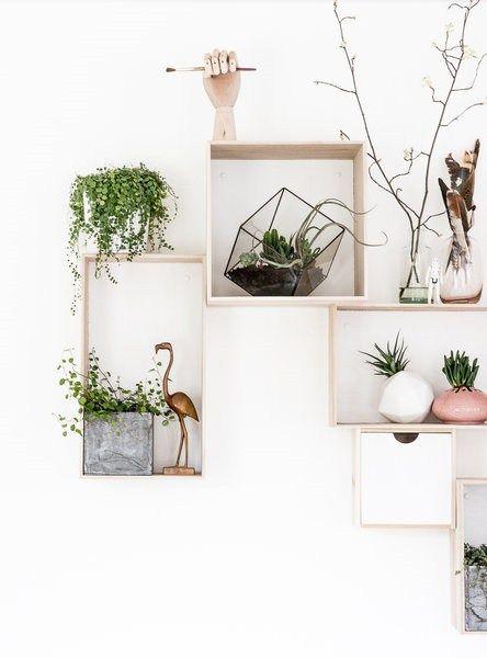 15 ideas para decorar cajas de madera y tunearlas en estanterías 14