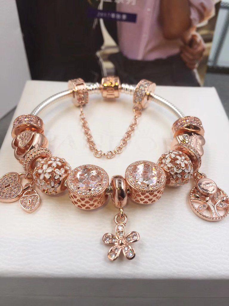 3d6ff3a6c Pandora rose gold charm bracelet with 11pcs charms | Pandora ideas ...