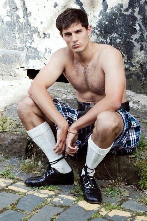 Resultado de imagem para forth bridge scotland sexy boy kilt