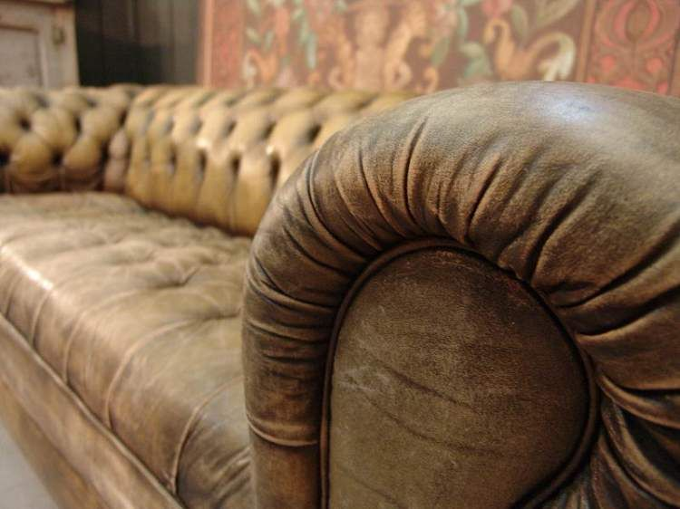 The Clic Chesterfield Sofa