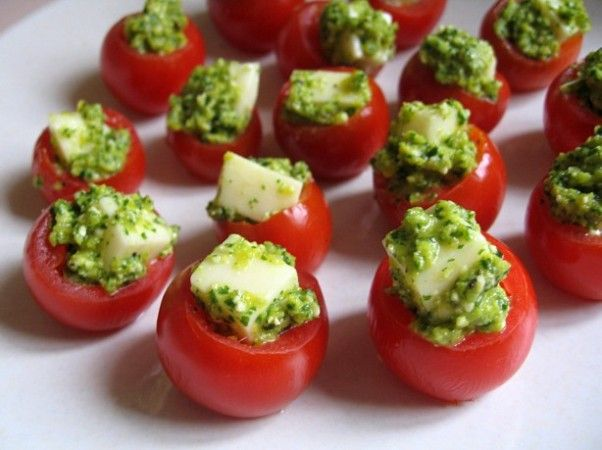 Christmas party appetizers - 20 Christmas themed food ideas to ...