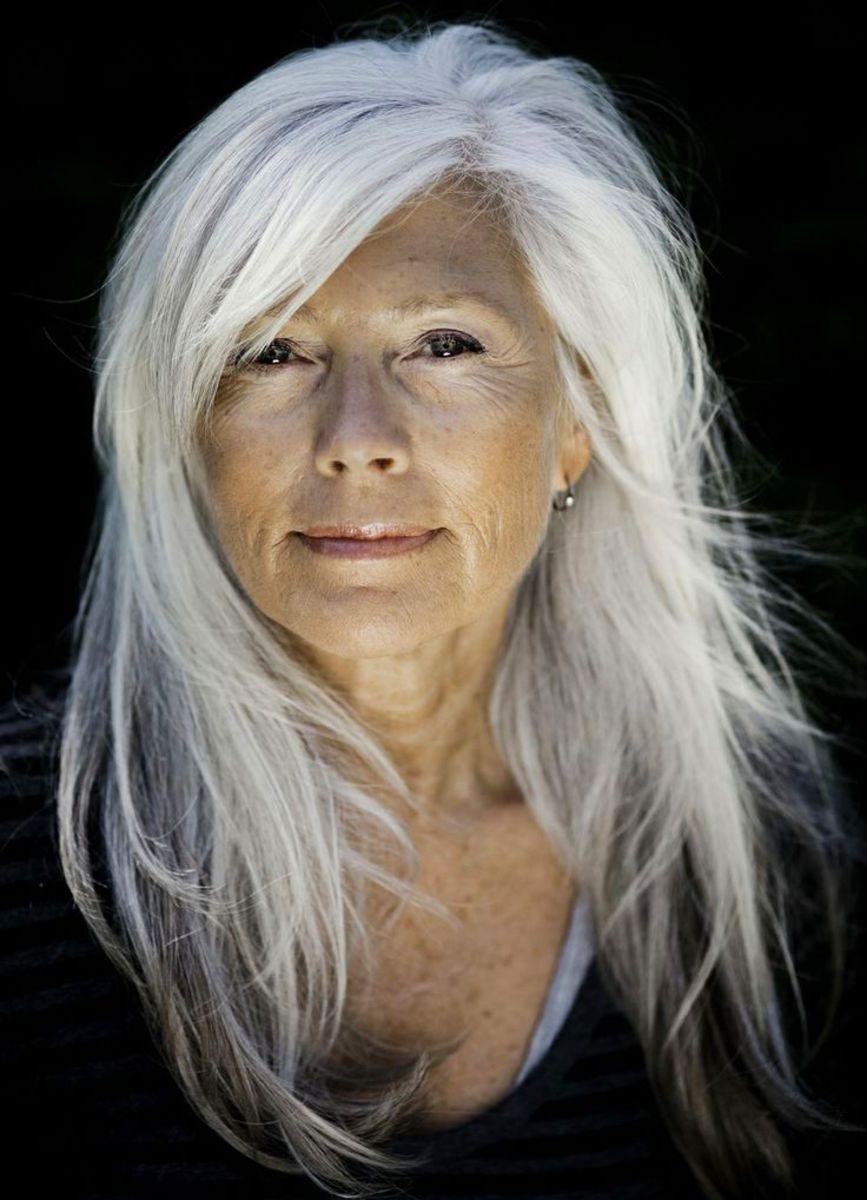 Шейла пожилые женщины с длинными волосами фото видео