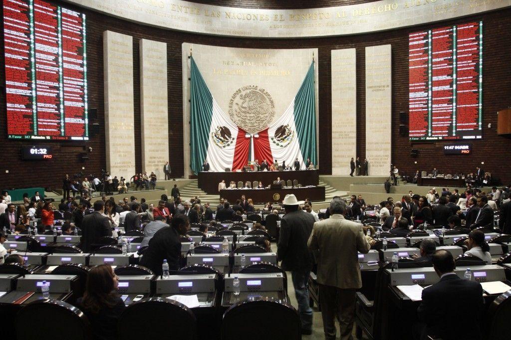 Reclama oposición incapacidad del Gobierno Federal para resolver el caso Ayotzinapa - Noticias MVS