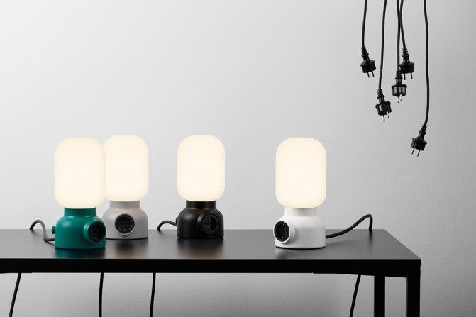 Plug Lamp de Form Us With Love. Para saber más ingresá acá: http://arqa.com/diseno/plug-lamp-de-form-us-with-love.html #diseño #design #objeto #lámpara #lamp