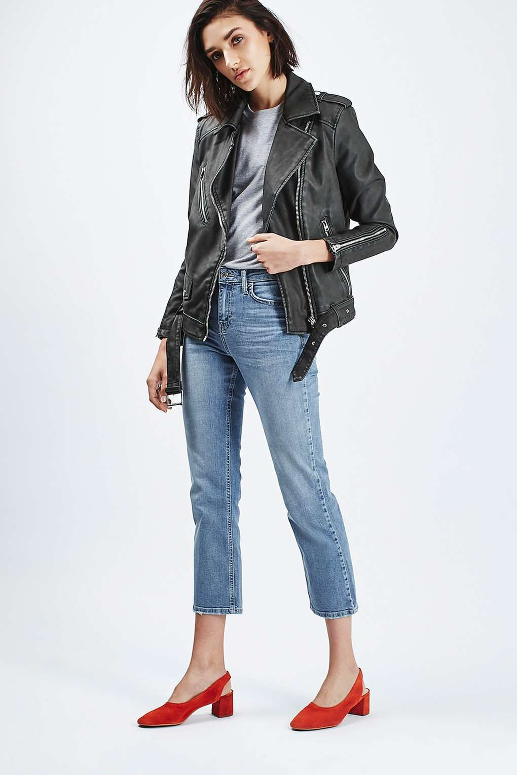 daba450f8 MOTO Dree Cropped Kick Flared Jeans - Topshop | In Style in 2019 ...