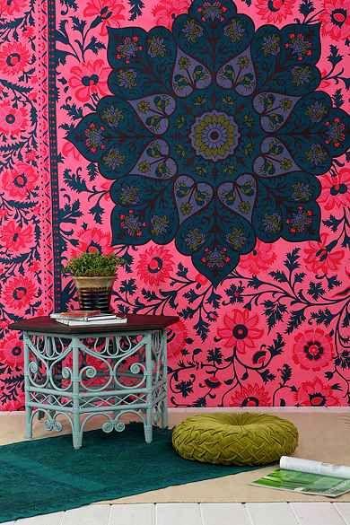 """Magical Thinking Technicolor Medallion Tapestry - Til væg og evt. til sofa, lige som på billede fra min opslagstavle """"Home decoration."""""""