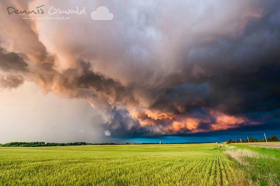 Kansas sunset 2011 near Pratt, KS | Nature wallpaper, Background images,  Sky art