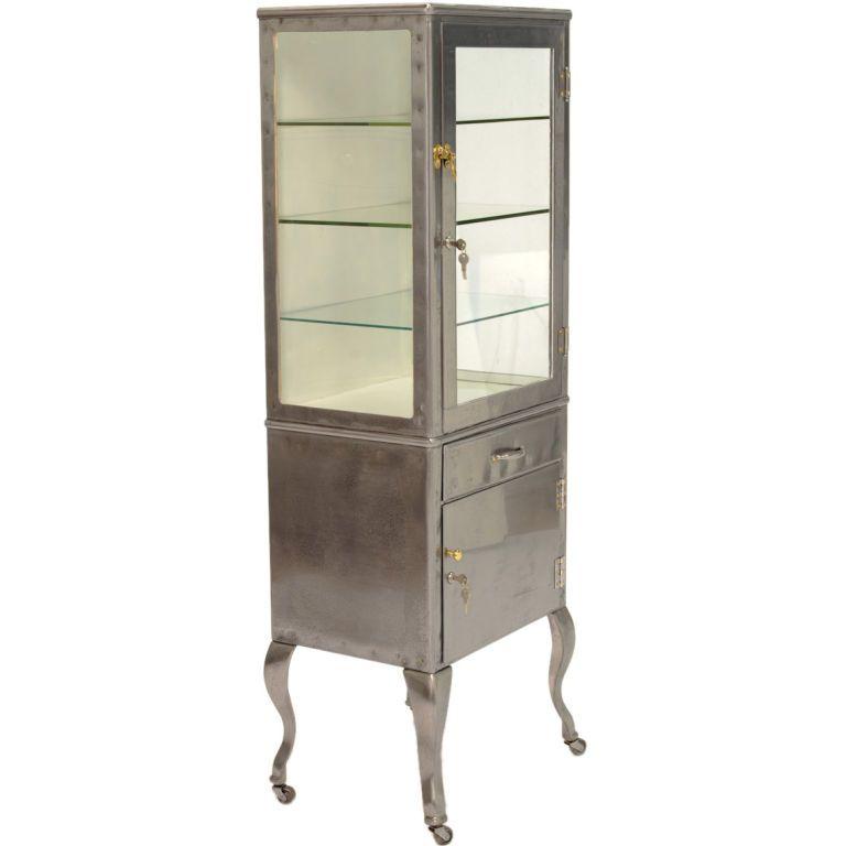 vintage medical cabinet vitrine on cabriel legs vintage. Black Bedroom Furniture Sets. Home Design Ideas