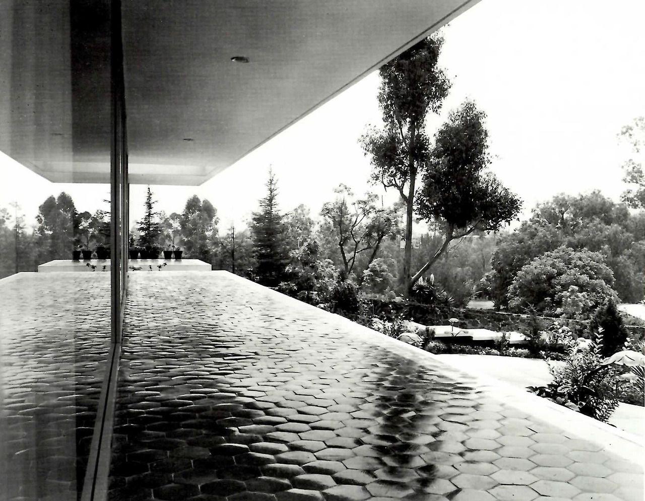 Vista de la terraza hacia el anterior jardin casa for Calle el jardin