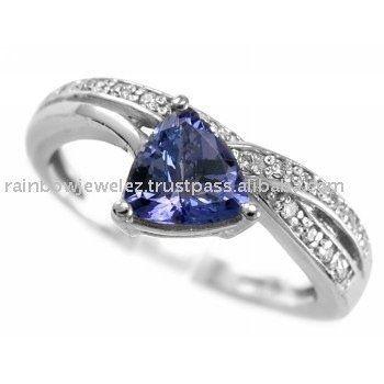 Trillion Cut Tanzanite Diamond Ring14 K White GoldJewelry