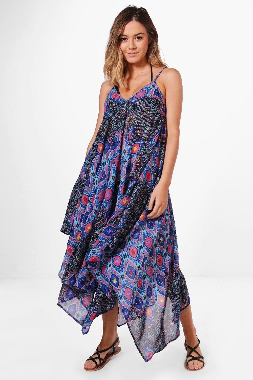 bf3d855c2ddd25 Boohoo - Petite - Nadia Bright Printed Beach Maxi Dress in purple and pink