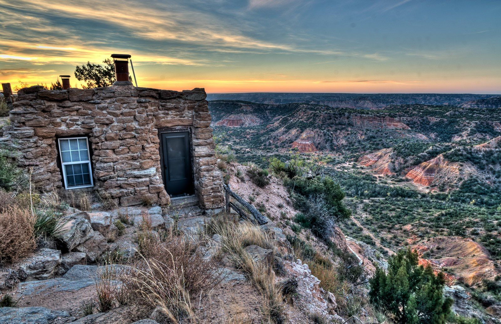 November sunrise at Palo Duro Canyon State Park's lighthouse cabin ...