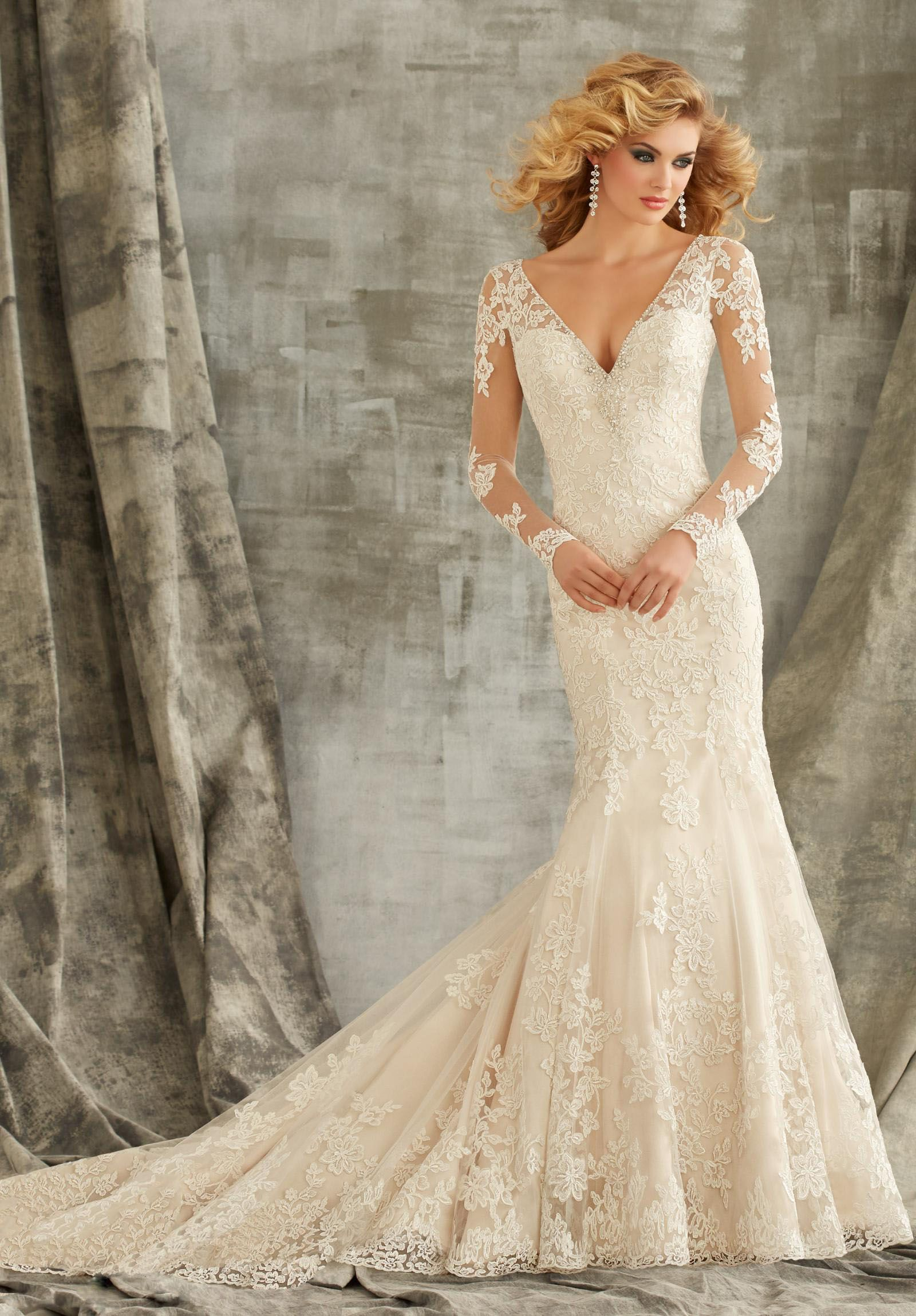 9f7abc3a Luring Long Sleeved Gowns - Petite Wedding Dresses: Tips for Our Lovely  Petite Girls! - EverAfterGuide