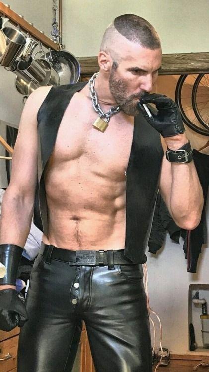 Мужской кеч гей видео