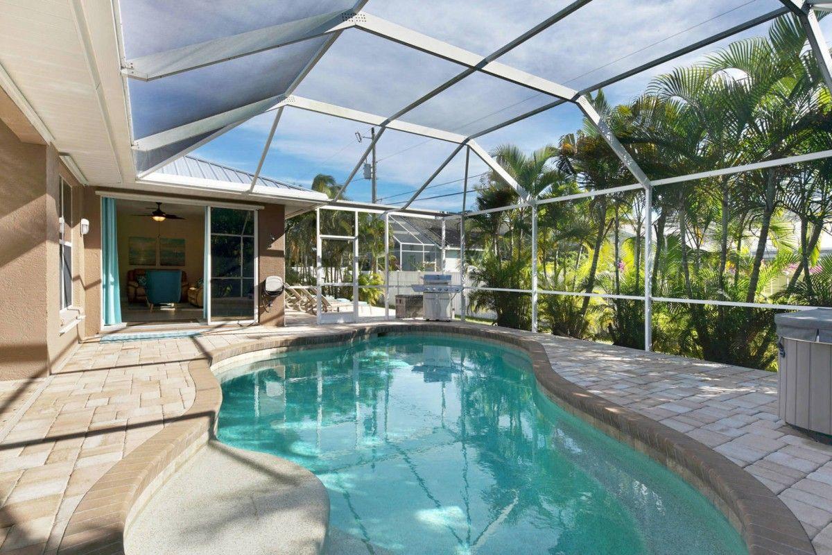 Villa Nova Pool Garden View Cape Coral Outdoor pool area