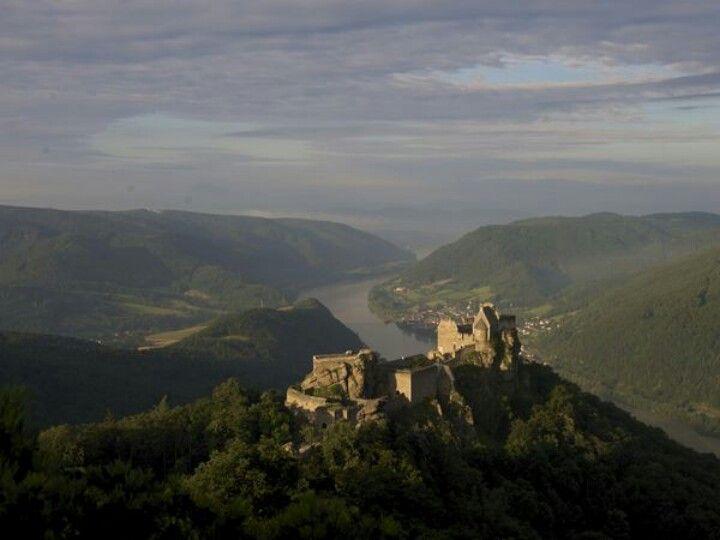 Aggstein castle - Wachau, Austria  Photograph by Sisse Brimberg & Cotton Coulson, Keenpress