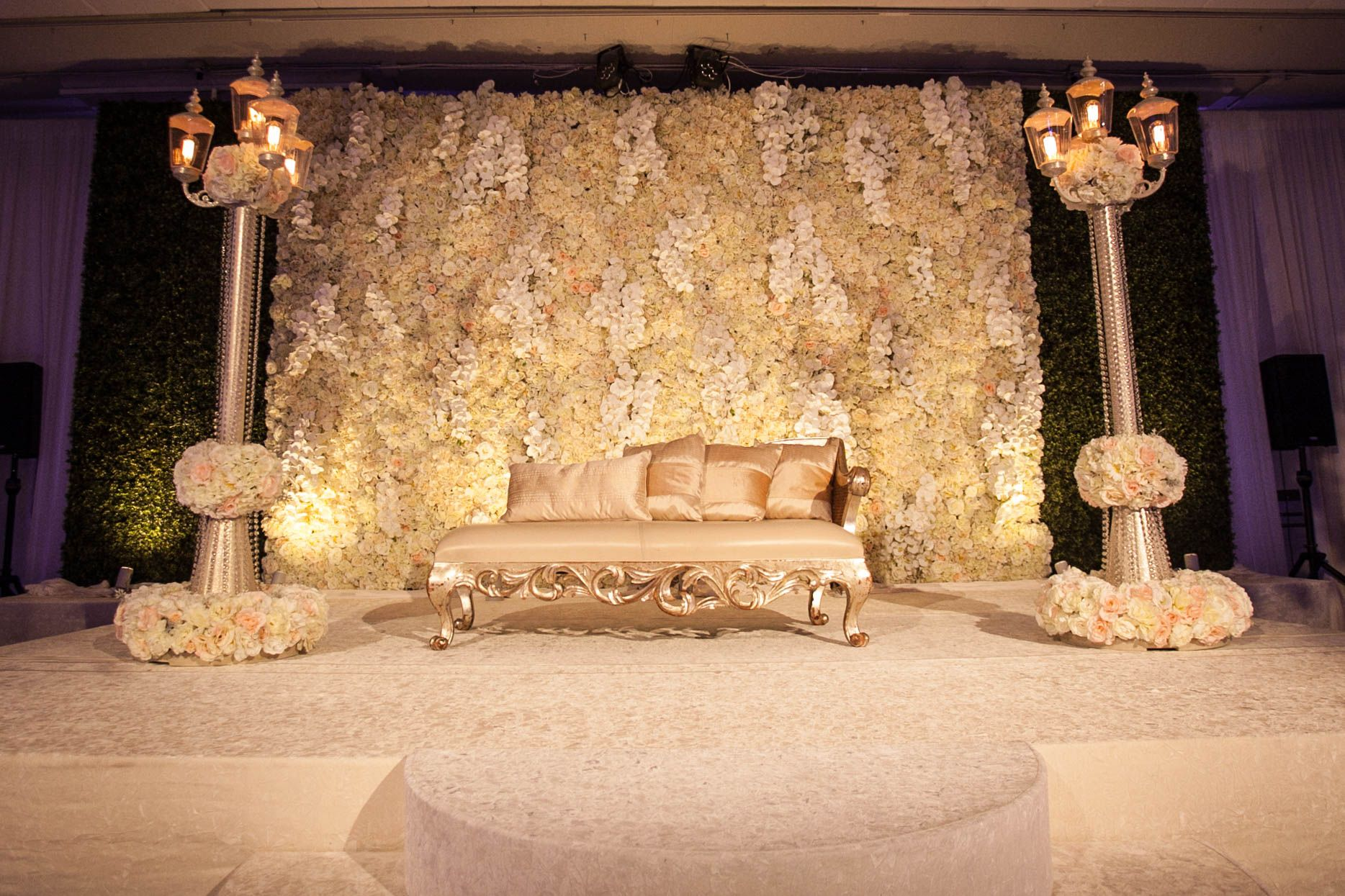 Yanni Design Studio Designed This Beautiful Flower Wall Backdrop